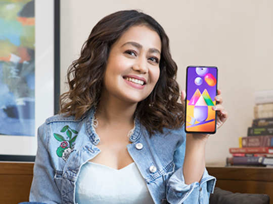 Neha Kakkar with #MonsterShot Samsung Galaxy M31s