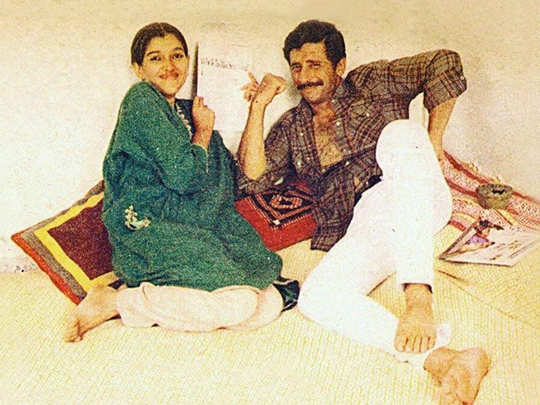 naseeruddin shah and ratna pathak shah unseen and rare photos of their theatre days