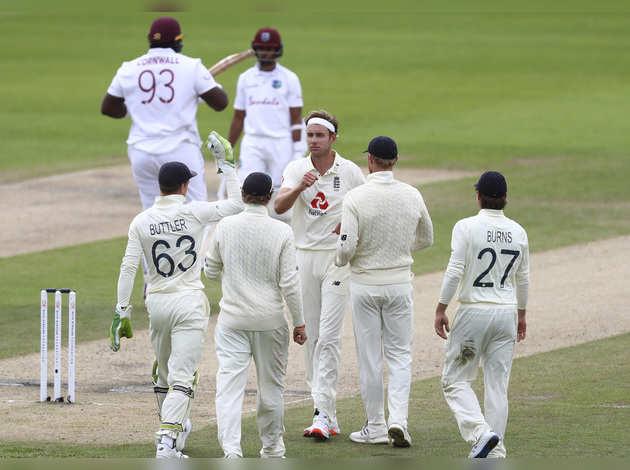 ENG vs WI: तीसरा टेस्ट- विंडीज की पहली पारी 197 पर सिमटी, ब्रॉड का 'सिक्स'