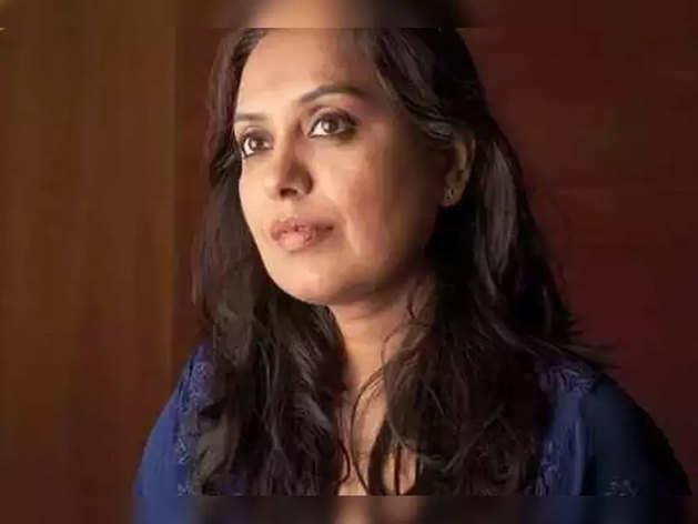 शगुफ्ता ने कंगना की 2 फिल्में लिखी हैं और महेश भट्ट की कंपनी में राइटर हैं.