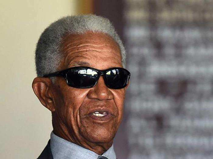 sir gary sobers arguably the best all-rounder cricket have ever seen