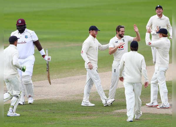 इंग्लैंड का दमदार प्रदर्शन, मैनचेस्टर में लगातार दूसरी जीत