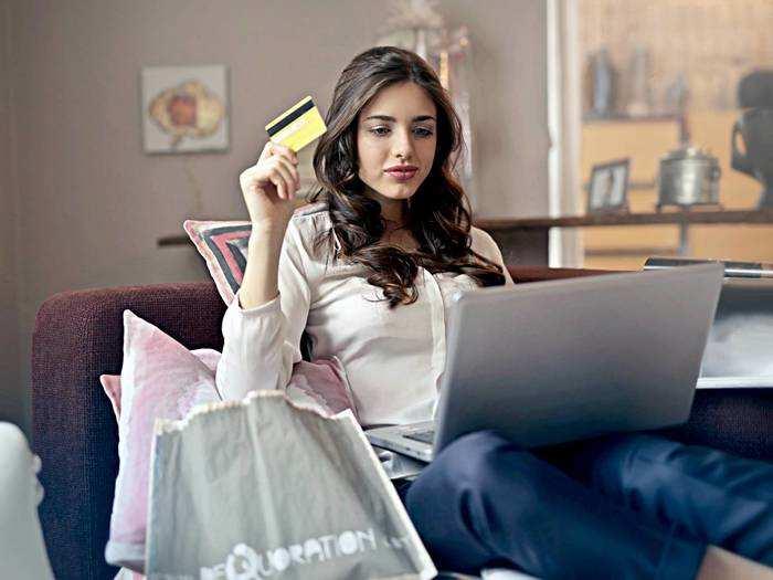 लैपटॉप टेबल से लेकर देसी घी पर भी मिल रहा है 65% तक का डिस्काउंट, होगी काफी बचत