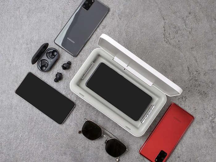 आपके फोन को हर वायरस से सेफ रखेगा सैमसंग का UV स्टरलाइजर, वायरलेस चार्जिंग भी मिलेगी
