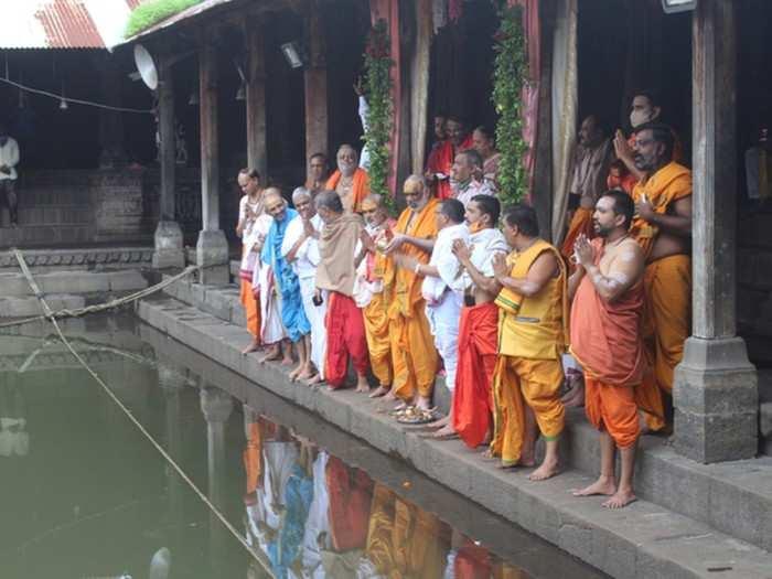 राम मंदिराच्या भूमिपूजनासाठी गोदावरीचे जल रवाना