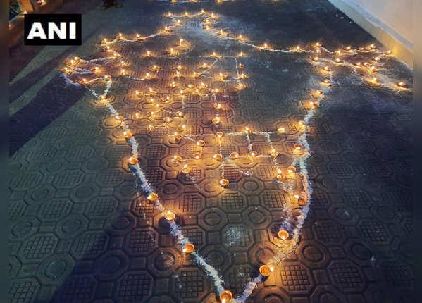 अयोध्या में शुरू हुई दीपावली