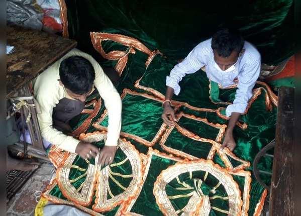 आज सफेद, 5 को हरे रंग के वस्त्र पहनेंगे रामलला