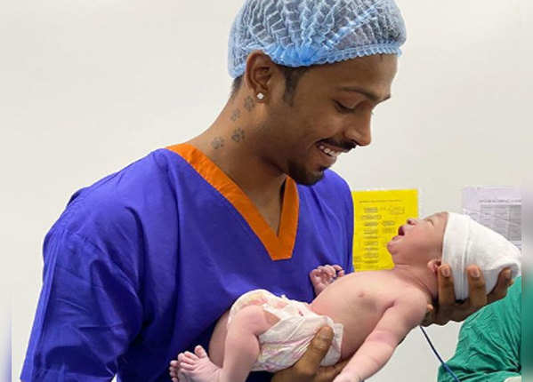 30 जुलाई को नताशा ने बेटे को दिया जन्म