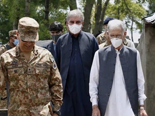 LOC पर पाकिस्तान के मंत्री