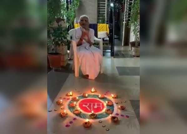 PM मोदी की मां हीराबेन ने राम मंदिर भूमि पूजन पर मनाई खुशी
