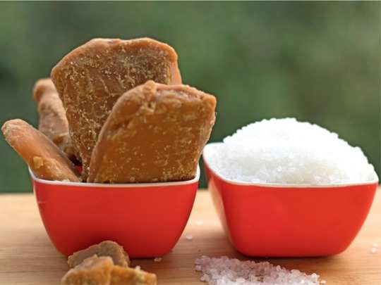 Sugar vs Jaggery