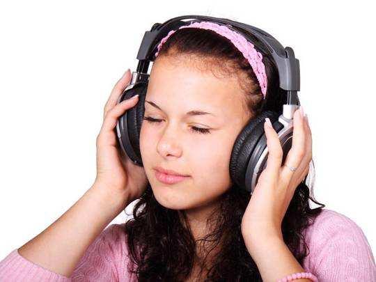 Wireless Headphone से म्यूजिक सुनने में आएगा दोगुना मजा, Prime Day Deal से कम दाम में करें ऑर्डर