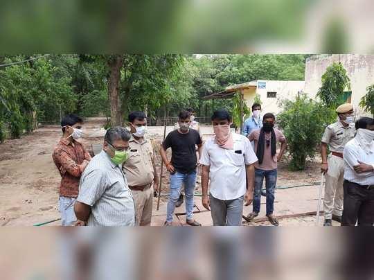 Rajasthan Dharm news : शनि देव मन्दिर में वन विभाग के अधिकारियों ने की तोड़ फोड़, फूटा लोगों का गुस्सा