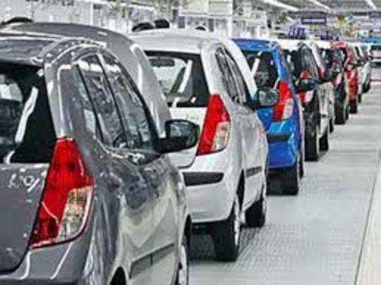 जून की तुलना में जुलाई में वाहनों की बिक्री के आंकड़े बेहतर रहे हैं।