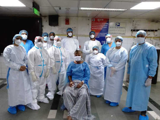LNJP doctors saved man