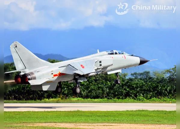 चीनी एयरफोर्स के सुखोई ने किया था जंग का अभ्यास