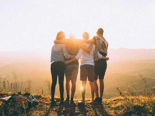 मैत्री जपण्यासाठी या ८ गोष्टी आहेत महत्त्वाच्या