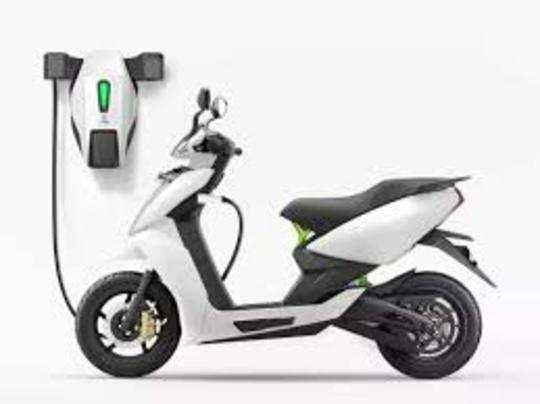 इलेक्ट्रिक वाहनों की लागत में बैटरी का हिस्सा 30 से 40 फीसदी होता है।