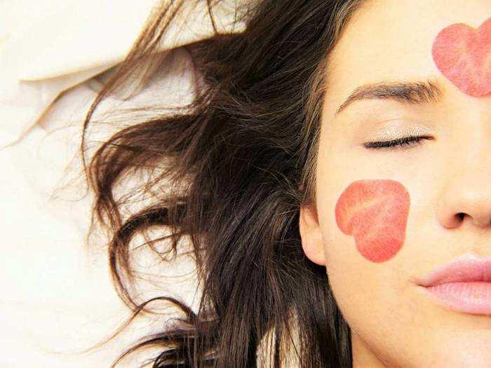 Skin Care Cream : ऑयली स्किन के लिए इस्तेमाल करिए यह Moisturizer, खिली-खिली रहेगी त्वचा