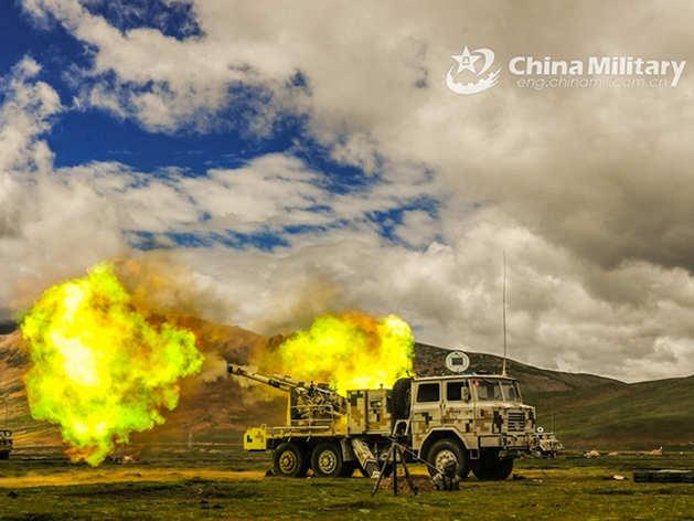 चीन की सेना ने किया अभ्यास