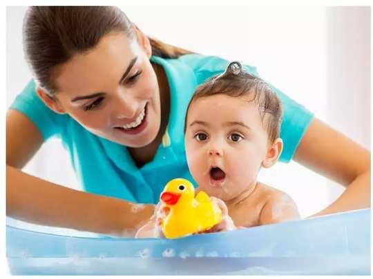 baby bath tantrums