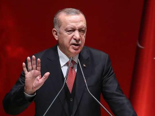 turkey president erdogan troll on twitter on suspend diplomatic relations with uae over peace deal with israel