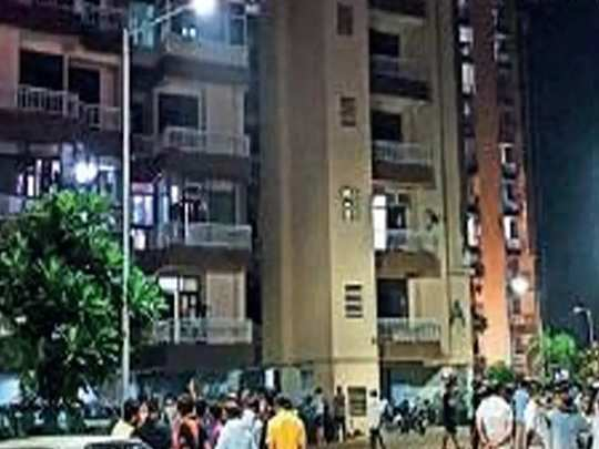 ghaziabad lift accident