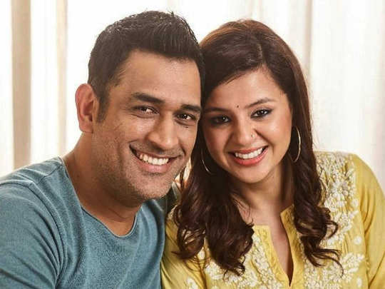 sakshi dhoni missing husband ms dhoni as she share video and photo of new car