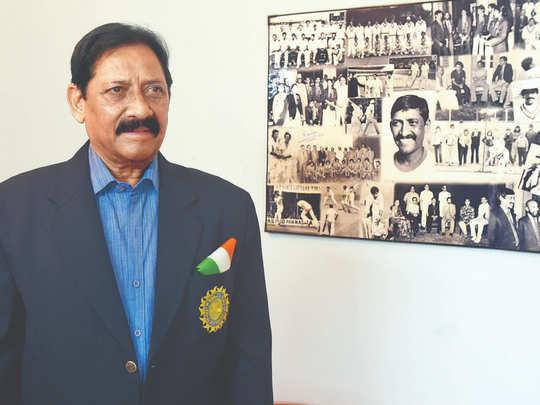 sachin tendulkar to virat kohli cricketers tribute to chetan chauhan