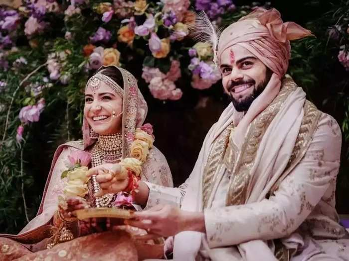 tips for how to make wife mood better when you forget wedding anniversary in marathi