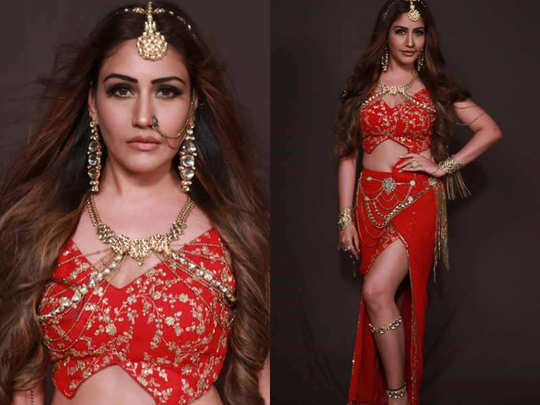 surbhi chandna look in naagin 5 ekta kapoor shares pictures on instagram