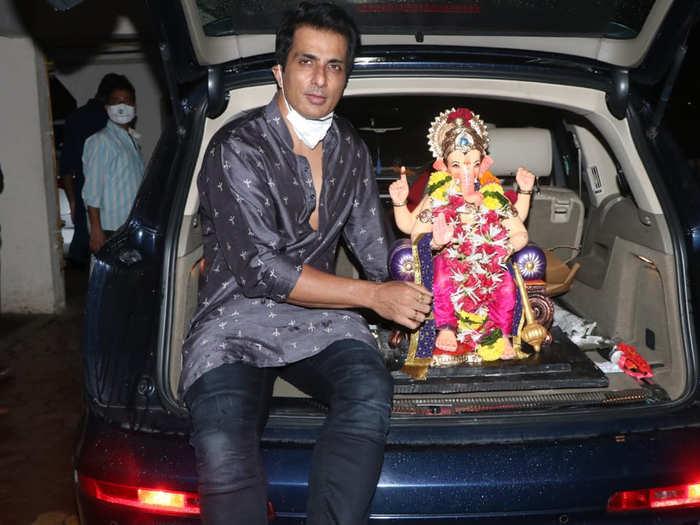 sonu sood ganpati visarjan with family in andheri west see pictures