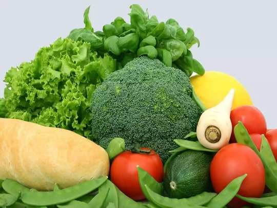 benefits of vitamins and nutrients for healthy skin in Marathi