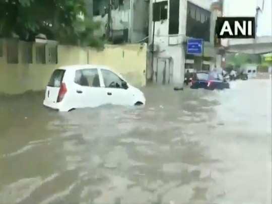 delhi weather latest update delhi rain yamuna flood all update