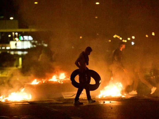 Sweden riots: Riots in Sweden Over Burning of Quran by Far Right Groups:  दक्षिणपंथी गुटों ने किया कुरान का अपमान स्वीडन में भड़के दंगे