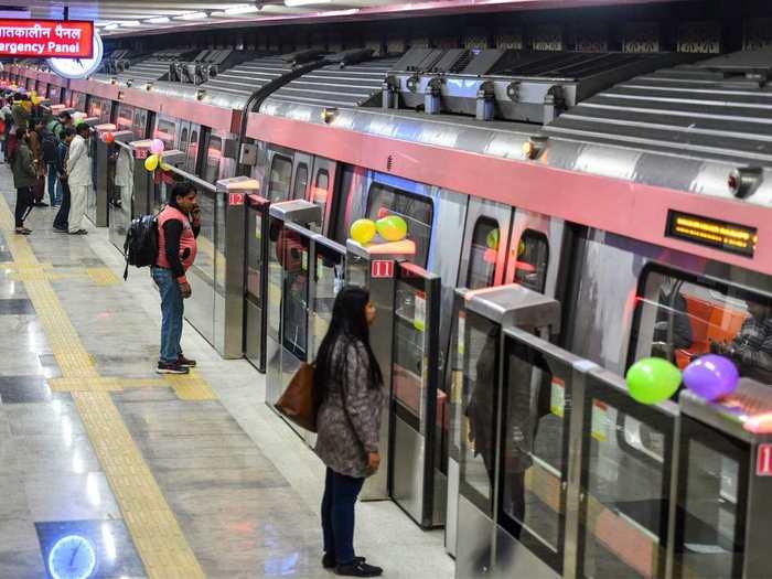 metro service resumption from september 7 in delhi mumbai noida kolkata bengaluru, hyderabad, chennai, kochi, jaipur, lucknow, gurgaon, nagpur