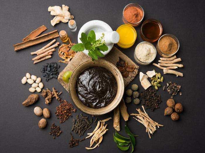 Healthy Foods : फिट और हेल्दी रहने के लिए च्यवनप्राश खाने की आदत डालें, होते हैं इतने फायदे