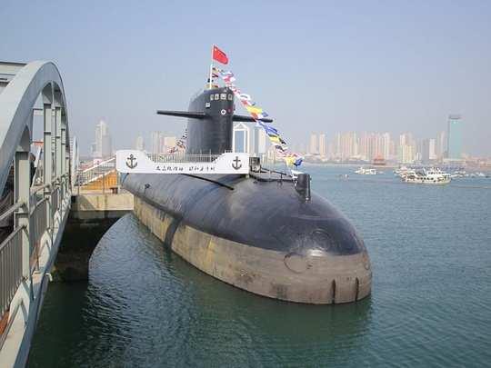 Submarine 03