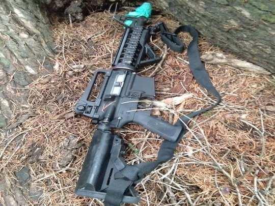 M 4 rifles
