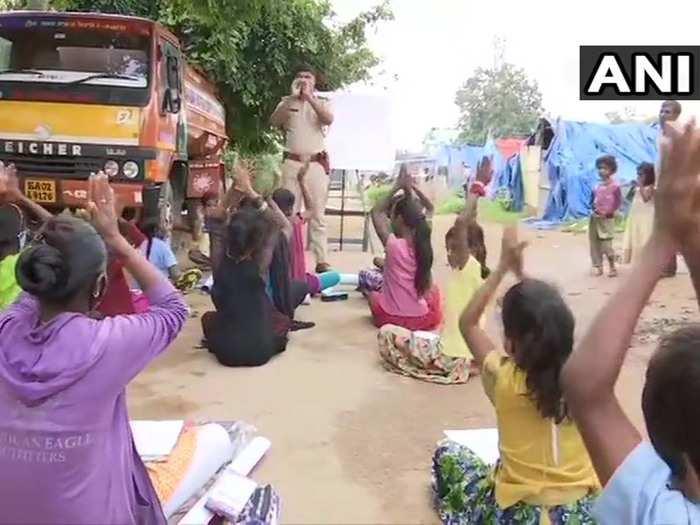 karnataka police sub inspector teaches children of migrant workers