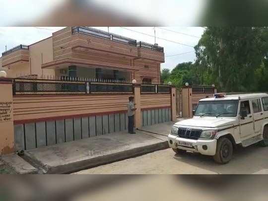 Nagaur : दिनदहाड़े घर से युवती का जबरन अपहरण कर ले गए हथिय़ारबंद बदमाश , अभी तक नहीं लगा कोई सुराग
