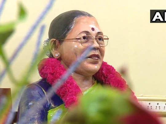 tamil nadu businessman sethuraman unveiled a statue of his wife