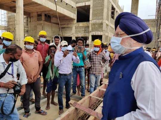 देवघर एयरपोर्ट का निर्माण कार्य समय पर होगा पूरा, उड़ान पर फैसला जल्द: हरदीप सिंह पुरी