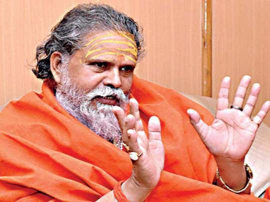 अखिल भारतीय अखाड़ा परिषद के प्रमुख नरेंद्र गिरि
