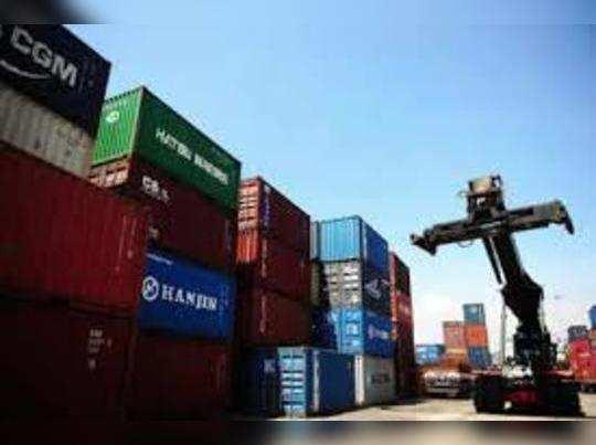 देश के निर्यात में लगातार छठे महीने गिरावट दर्ज की गई है।