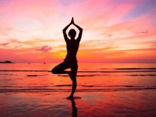 Yoga Benefits कमरेच्या स्नायूंसाठी करा हे आसन, जाणून घ्या योग्य पद्धत