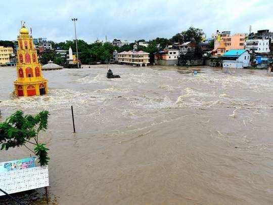 godavari river flood file photo