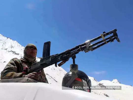 India-army-mountain (file)