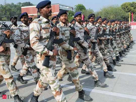 BSF, CRPF जैसी सेंट्रल फोर्सेज में एक लाख से ज्यादा पद खाली, ऐसे भरेगी केंद्र सरकार