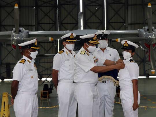 नौसेना में दो महिला अधिकारियों की तैनाती